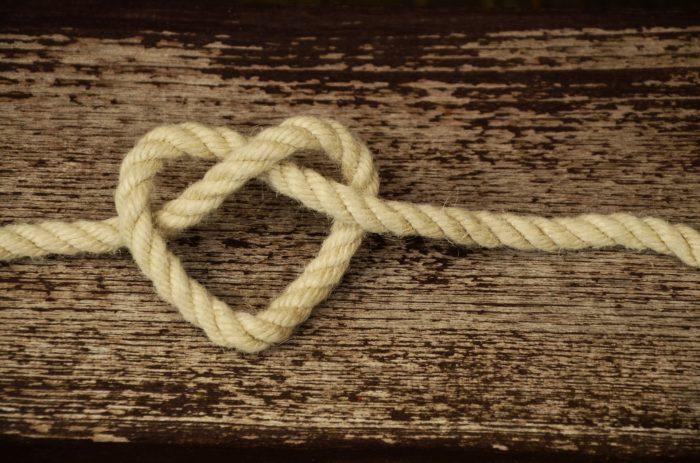 ロープで作られた♡