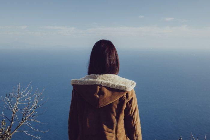 冬の海、フーディー