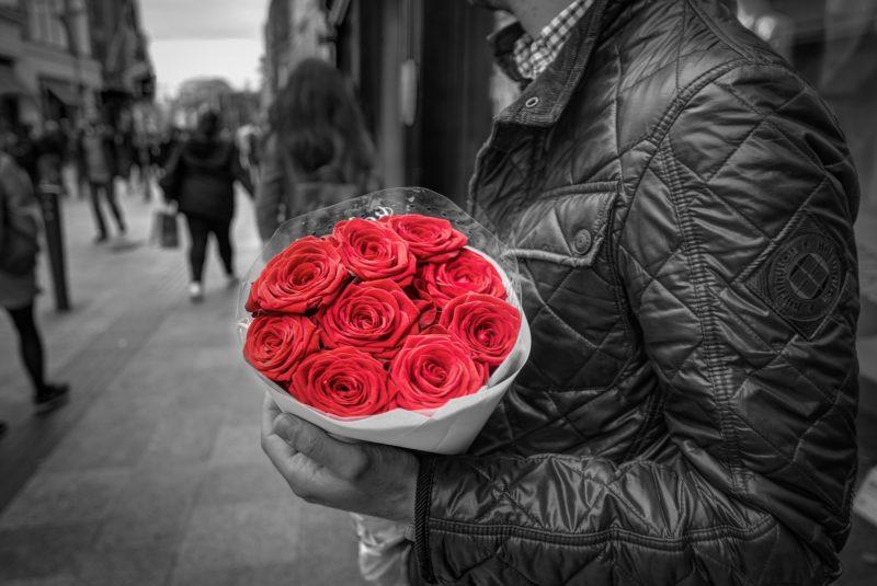 白黒バラだけ赤
